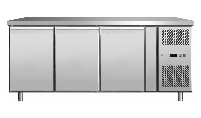 Стол морозильный   3-х дверный без борта COOLEQ GN 3100 BT