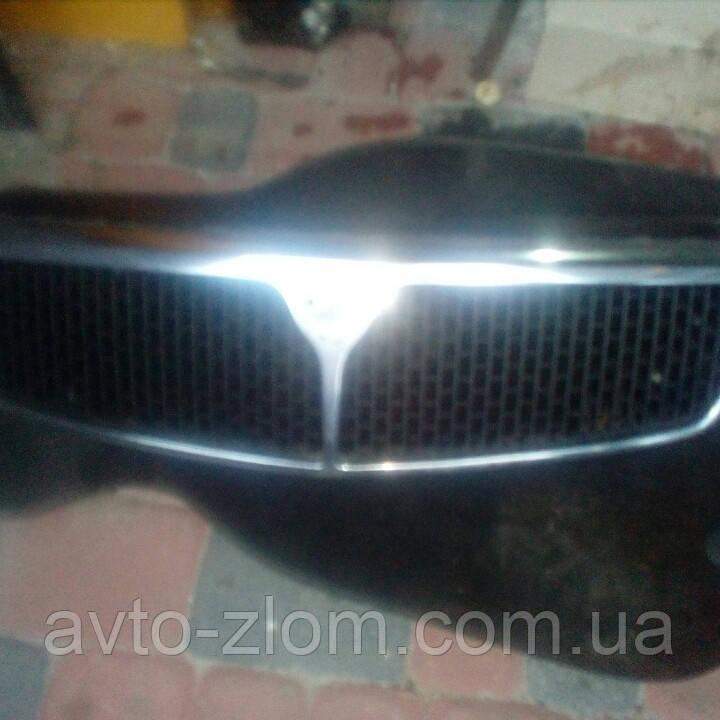 Решітка радіатора Lancia dedra.