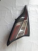 Фонарь задний внешний 23413608 левый Chevrolet Volt 2016-17. БУ оригинал, фото 1
