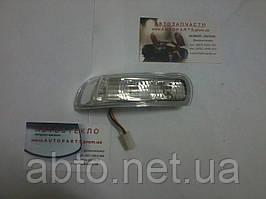 Повторювач повороту у дзеркалі Geely EC7 EC7RV (Джилі EC7 EC7RV)