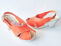 Женские оранжевые босоножки на каблуке Inblu ZA85ET