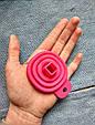 Лейка воронка силиконовая для кухни розовая, фото 2