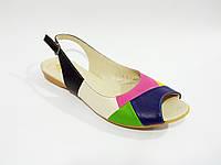 Кожаные женские удобные босоножки сандалии на низком ходу 39 Maxi