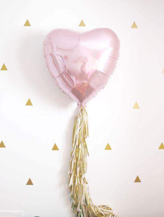 Фольгированный шар сердце розовое 43×48 см