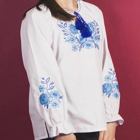 Вышитая блузка для девочки Зоряна (голубая вышивка) 116-140 см., фото 2