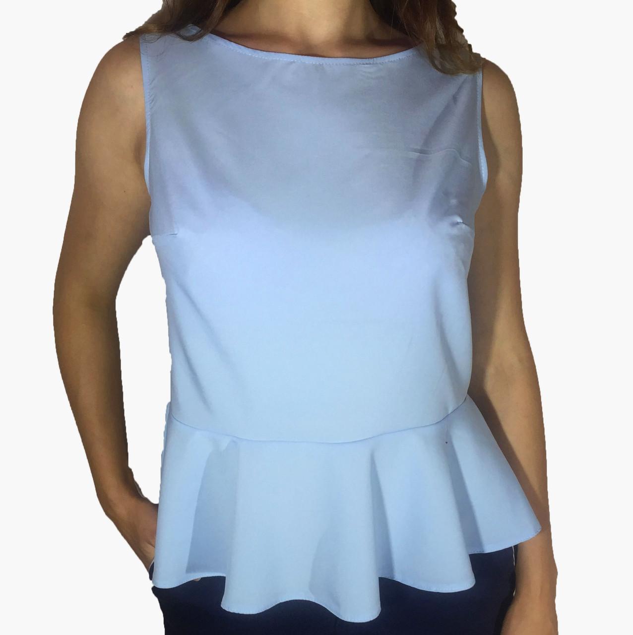 Женская блузка с баской голубая