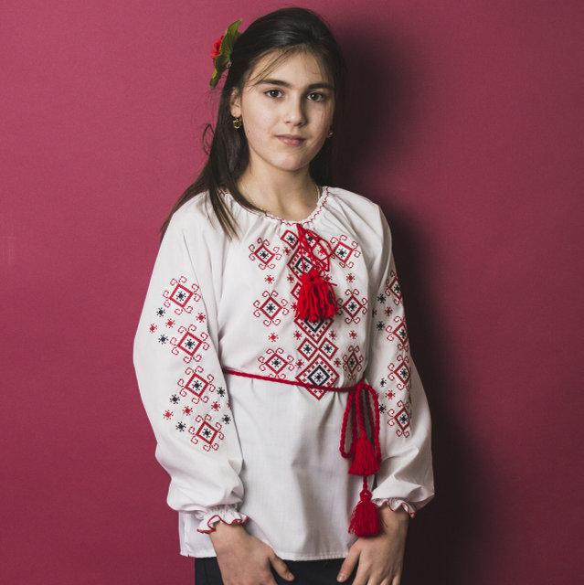Детская блузка с красной вышивкой Орнамент р. 116-140 см. (домотканое полотно)