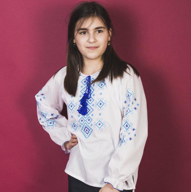 Сорочка для девочек с голубой вышивкой Орнамент р.146-164 см.(домотканое полотно)