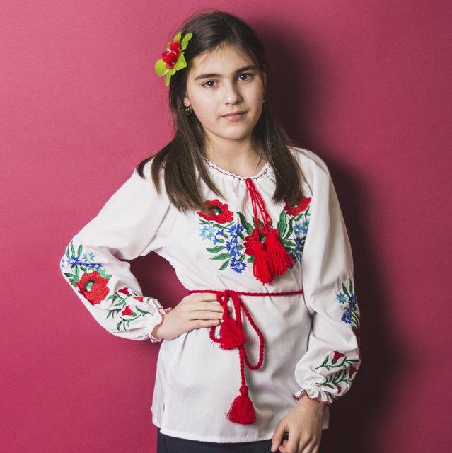 Вышитая блузка для девочек Волошки с камушками р. 146-164 см.