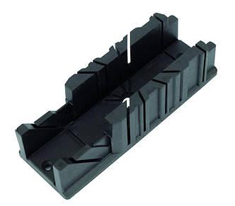 Стусло пластмассовое, 320*105*105 мм Housetools 10A845