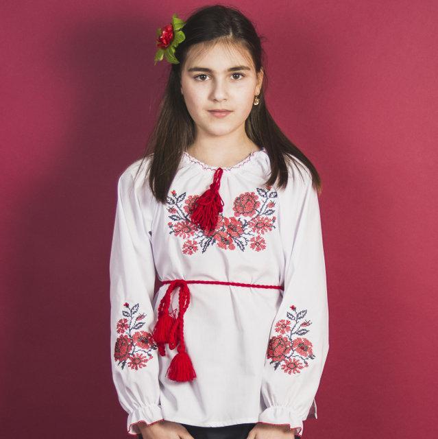 Вышиванка для девочек Зоряна с камушками