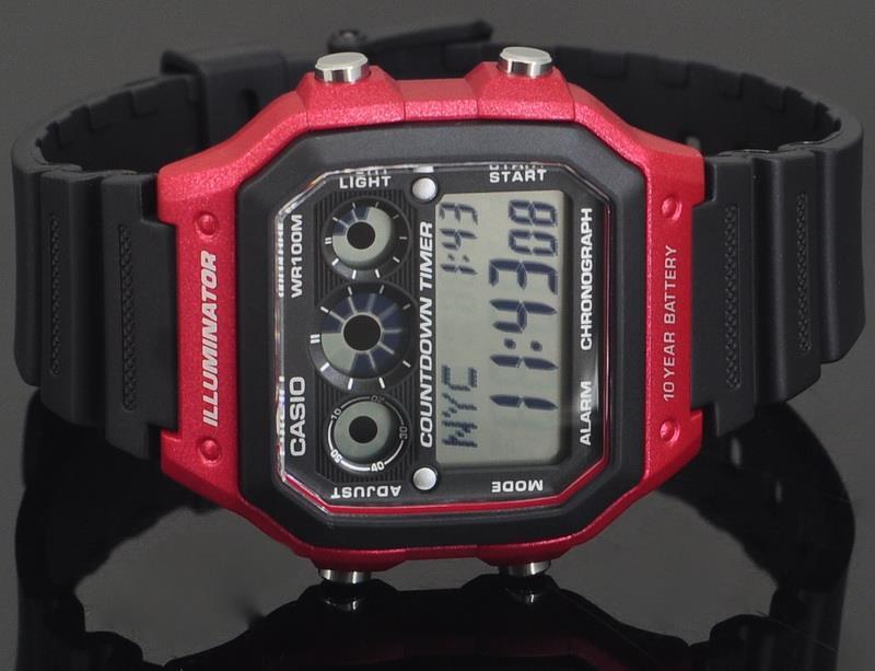 Часы наручные CASIO  AE-1300WH-4AVDF