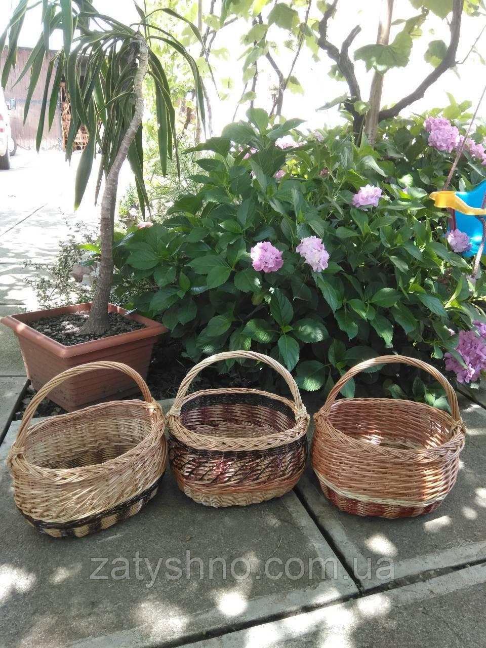 Плетені кошики з лози