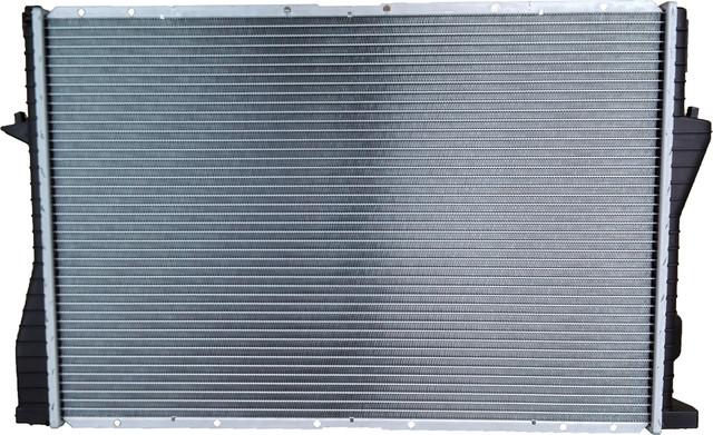 Радиаторы системы охлаждения Renault Master 2, Opel Movano A, Nissan Interstar