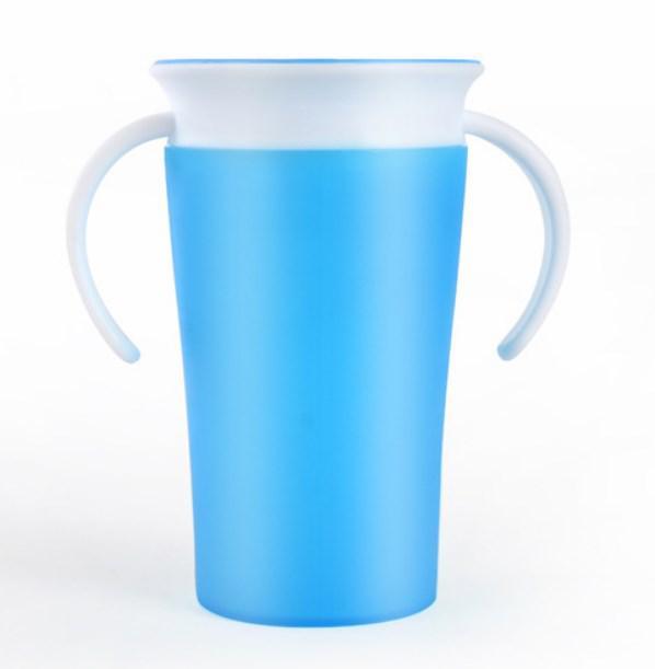 Чашка-непроливайка для детей Magic Cup голубая