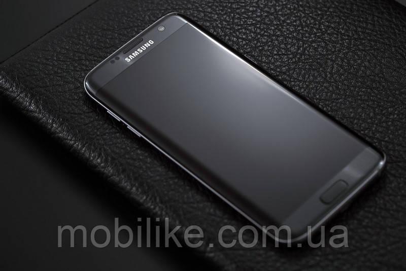 Мобильный телефон Samsung Galaxy S7 Edge 32GB Черный