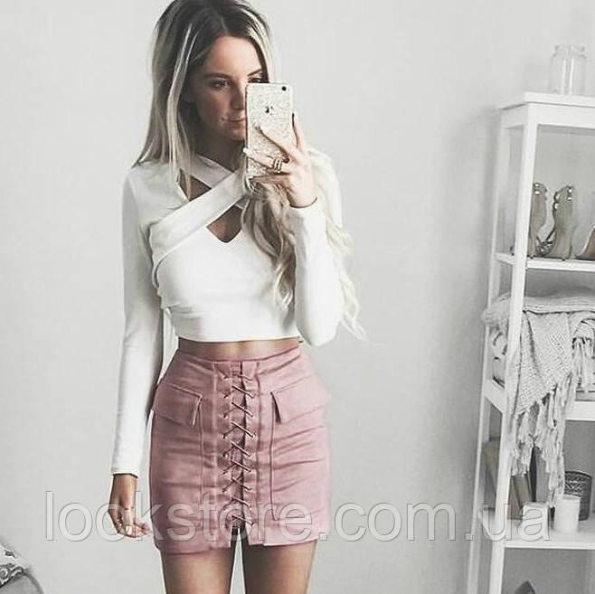 Женская замшевая юбка с карманами на шнуровке розовая