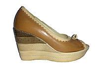 Кожаные польские женские коричневые летние туфли на танкетке Kordel 4516