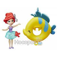 Маленькая кукла Hasbro - Принцесса, плавает на круге в асс.