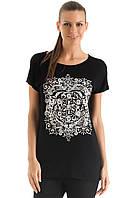 Черная женская футболка De Facto / Де Факто с рисунком-орнамент на груди