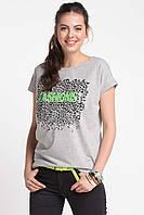 Серая женская футболка De Facto / Де Факто с надписью на груди Fashionist, фото 1