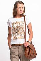 Белая женская футболка De Facto / Де Факто с надписью на груди Free your mind, фото 1