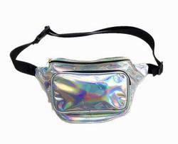 Женская сумка на пояс с голографическим рисунком.
