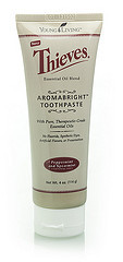 Зубная паста Thieves Aromabright Toothpaste Young Living 114г