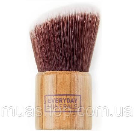 Угловая кисть Кабуки EVERYDAY MINERALS Angled Kabuki Brush, фото 2