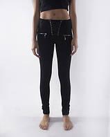 Стильные черные женские брюки с переплетом на гульфике. Размеры : 40,42,44,46., фото 1