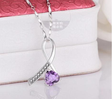 Серебряный кулон Миледи с фиолетовым камнем стерлинговое серебро 925 пробы , фото 1