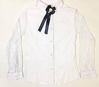 f496615aafd Блузка для девочки 6-9 лет белого цвета с рукавами из кружевом оптом