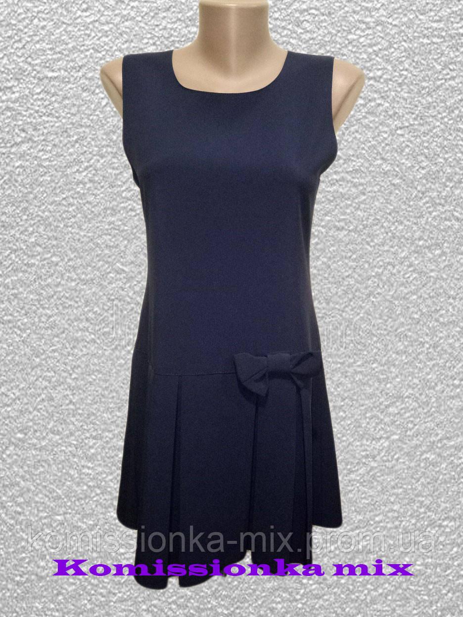Платье школьное без рукавов  158 р.