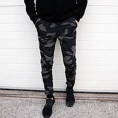 Мужские брюки спортивные камуфляж