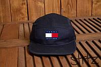 Стильная кепка пятиклинка Томми Хилфигер
