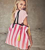 Стильная яркая сумка в полоску Striped Tote от Victoria's Secret