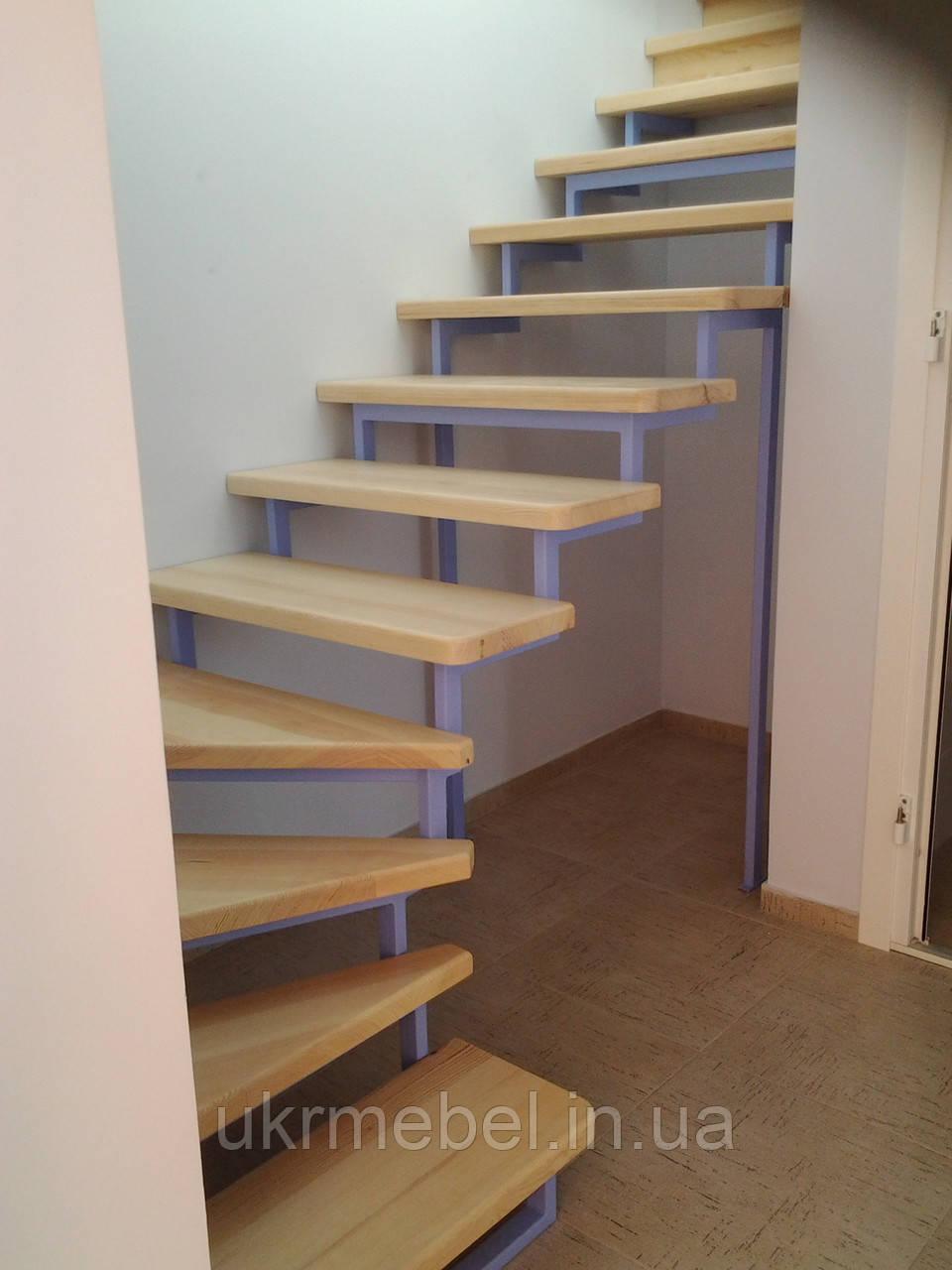 Лестница с ясеня. Деревянные лестницы из ясеня