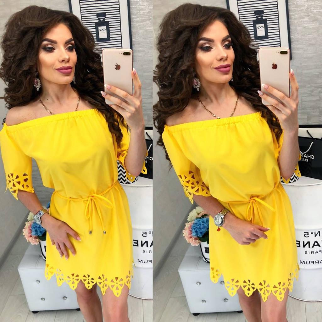 Платье с перфорацией спущенное на плечи  / 9 цветов  арт 6033-476