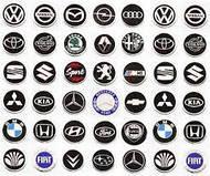 Колпачки для дисков и наклейки для автомобилей