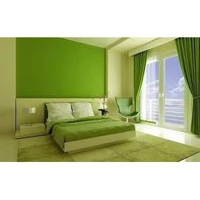 Окрашивание стен клеевыми красками