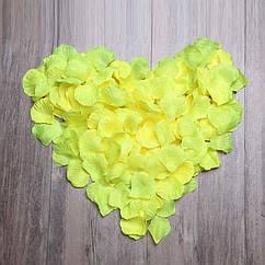 Лепестки роз (уп.120 шт) жетлые