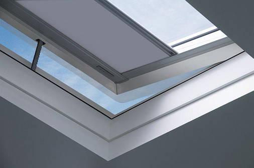 Штора (для окон плоских крыш) Fakro ARF/D II Z-Wave 90х90 см, фото 2
