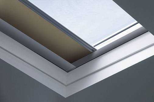 Штора (для окон плоских крыш) Fakro ARF/D I Z-Wave 100х100 см, фото 2