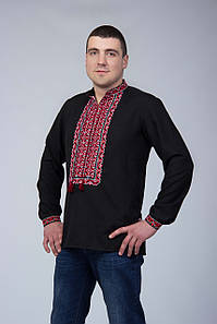 Чорна чоловіча вишиванка з червоною вишивкою