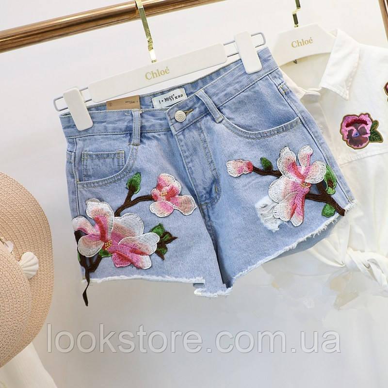 Джинсовые шорты с высокой талией и цветочной вышивкой голубые 48
