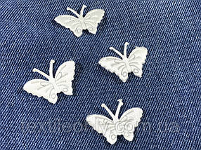 Нашивка Бабочка Белая 27x35 мм