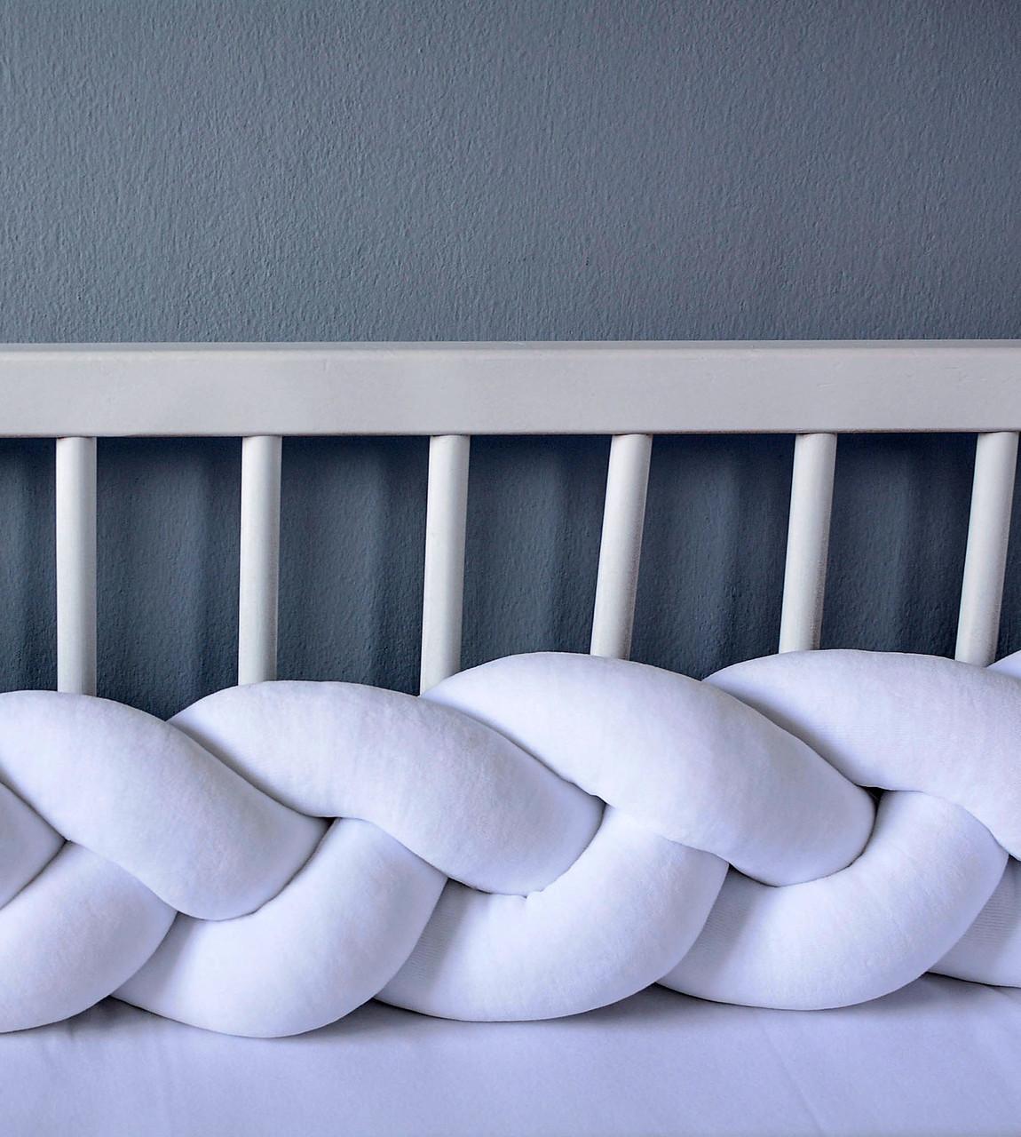 Бортик в кроватку Хатка Косичка Белый