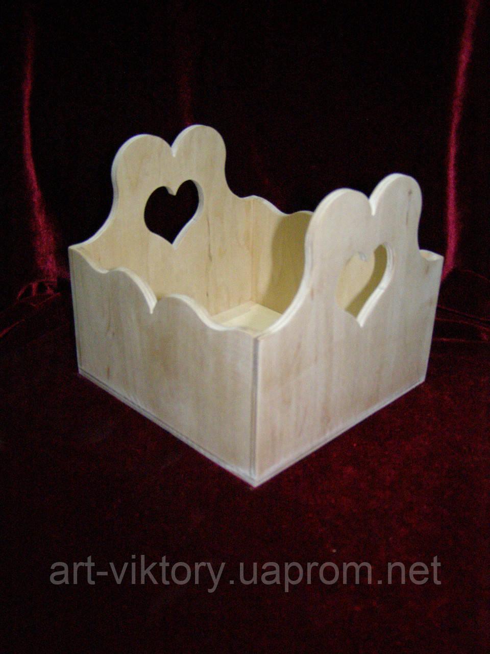 Короб с сердечками. декор (15 х 15,5 х 14 см)