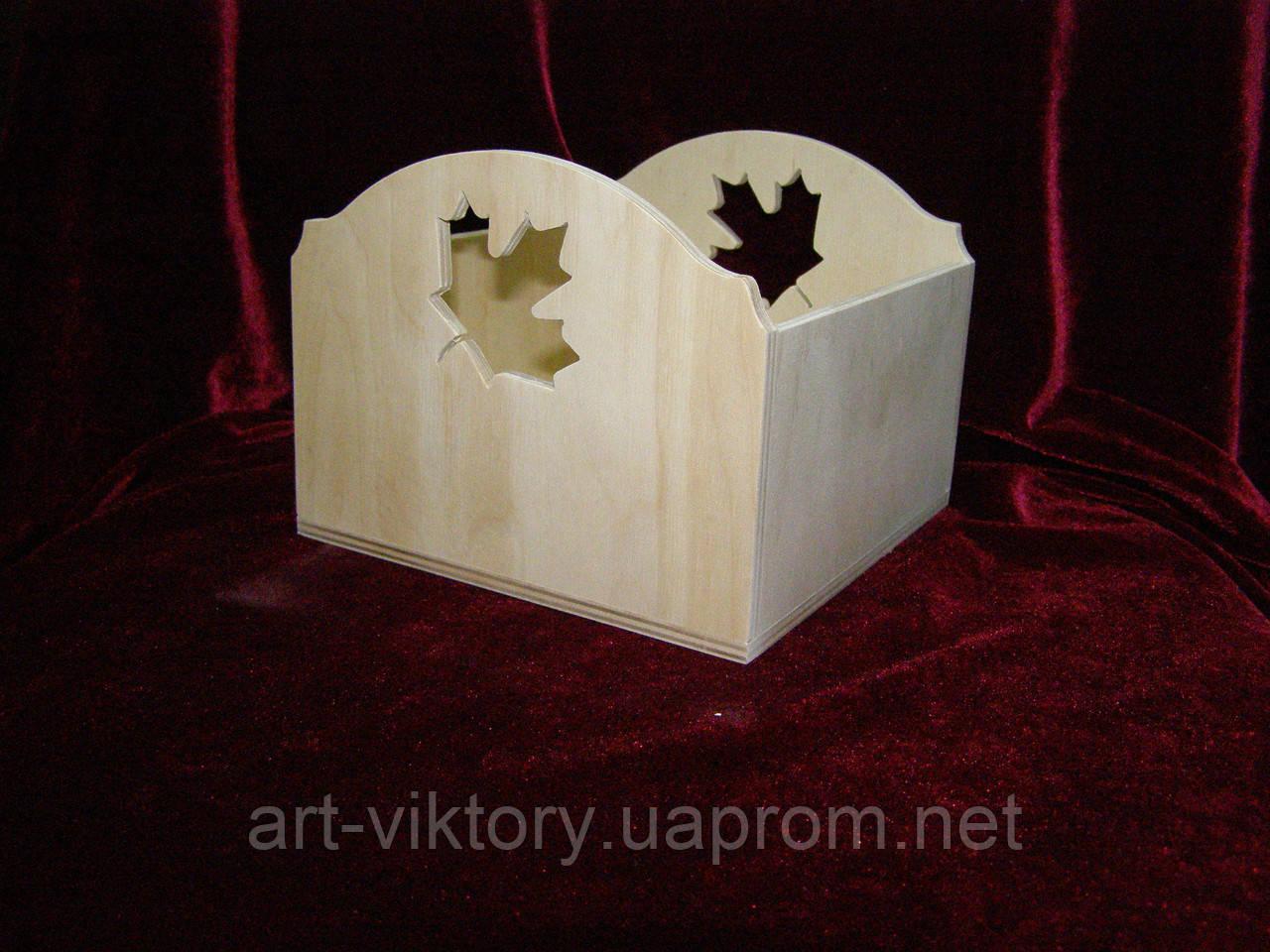Короб кленовый лист (15 х 15 х 12 см)