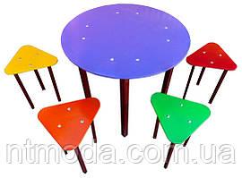 Стол со стульями. С-001-2